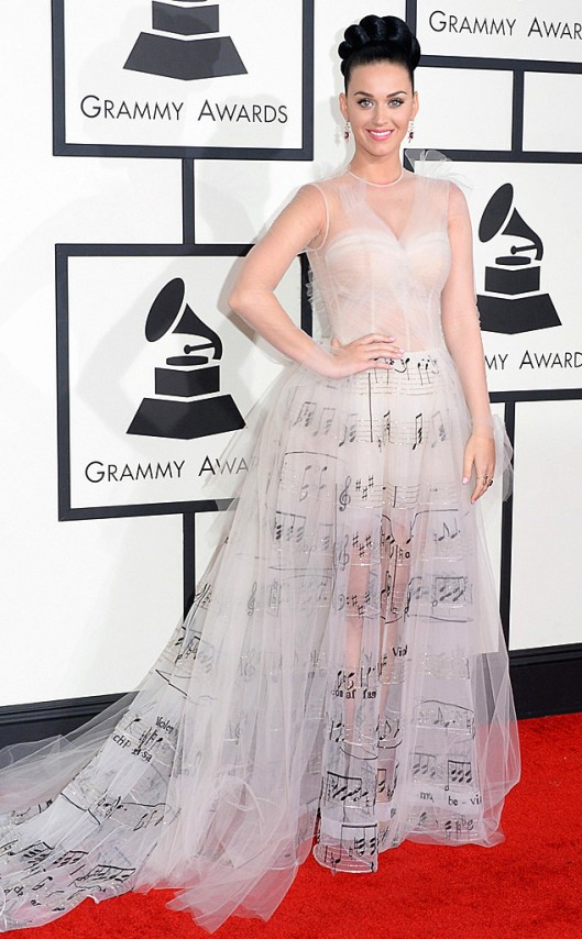 rs_634x1024-140126163821-634.katy-perry-grammys.ls.12614 Valentino